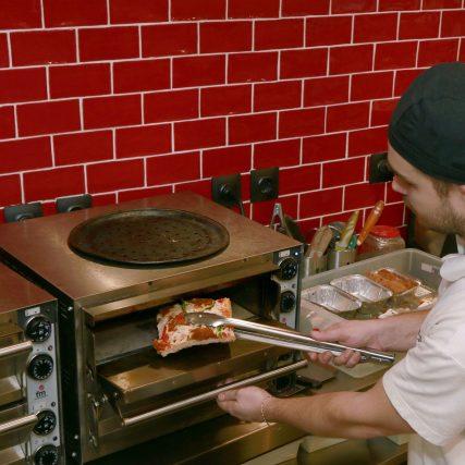 pizza-2361053_1920